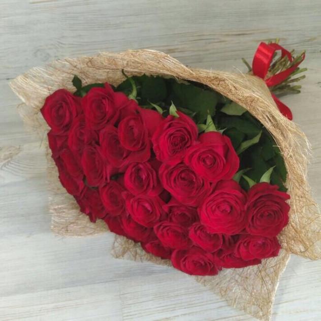 букет из 31 красной розы